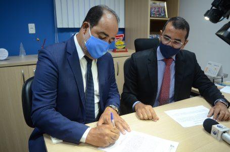 Gilvan Souza toma posse como vereador de Camaçari