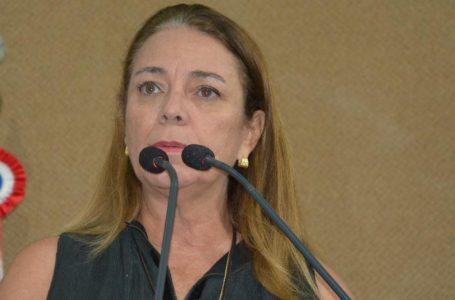 Deputada e médica, Fabíola pede prioridade na vacinação para pessoas com Down
