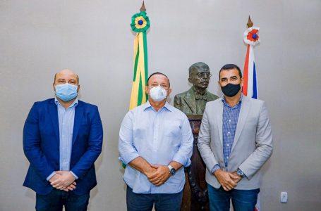 Comissão da Câmara Municipal de Camaçari visita ALBA